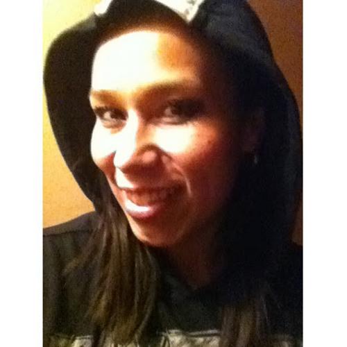 Loren Luna's avatar