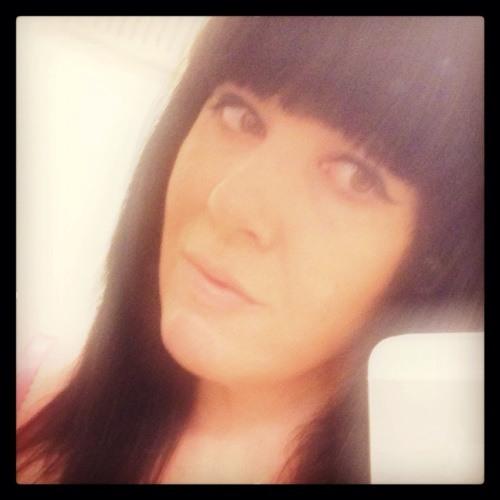 kizzy30's avatar