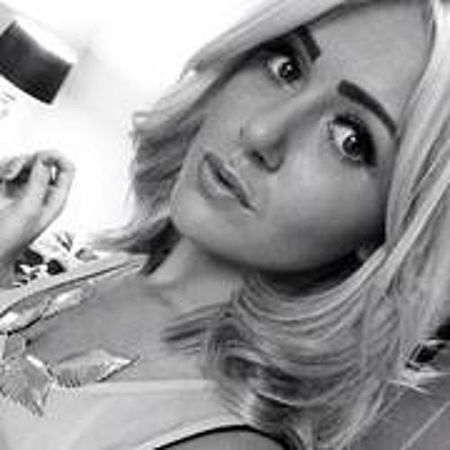 Laura Bull 2's avatar