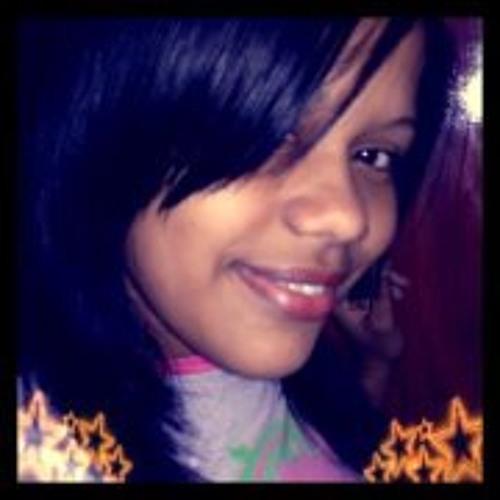 Natália Quintanilha's avatar