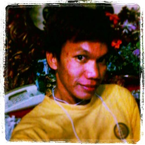 limsky143's avatar