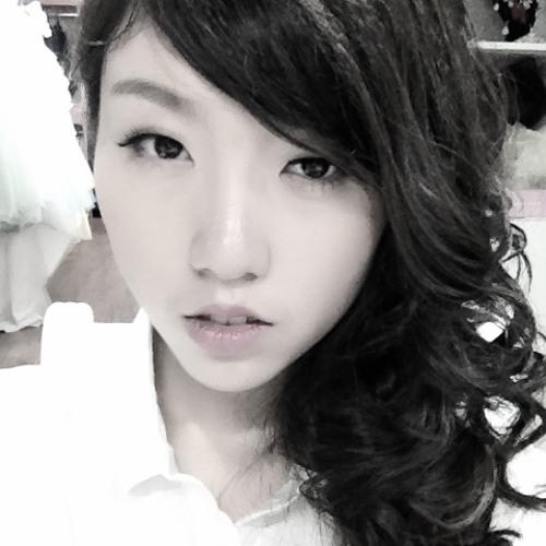 顾裴笑_Ivy's avatar