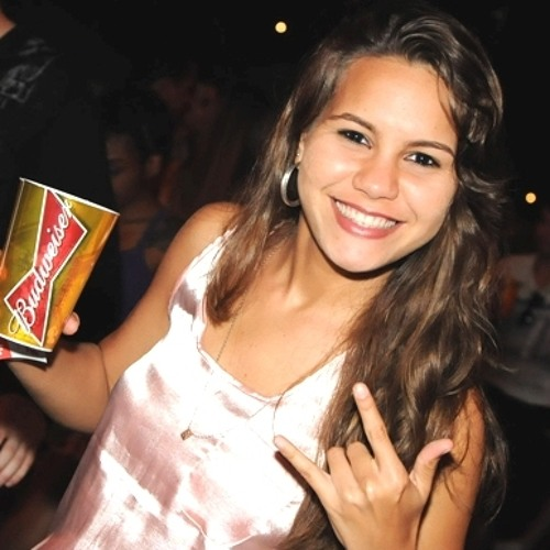 Brena Costa's avatar