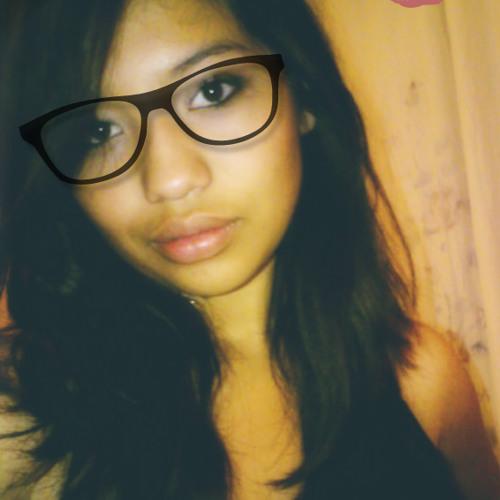 Zaretha's avatar