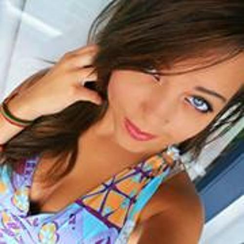 Amanda Rodrigues 72's avatar