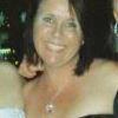 Jen Childs Clements's avatar