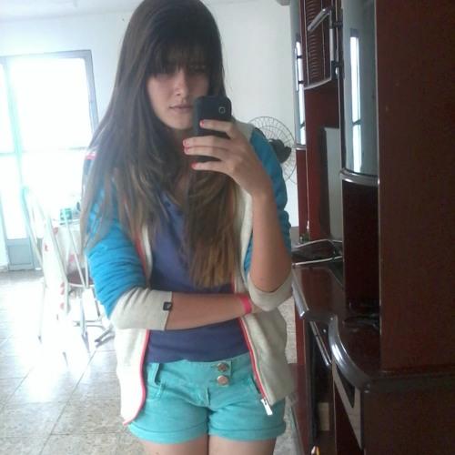Larissa De Melo's avatar