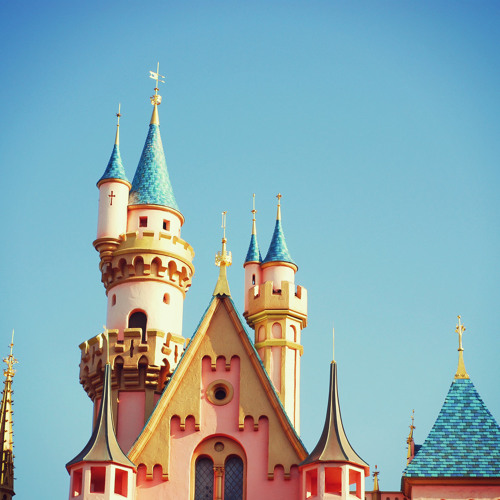 disneyland_resort's avatar