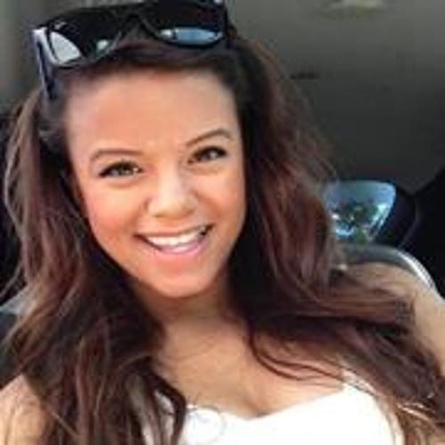 Chelcia Quitaro's avatar