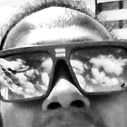 Doublet Souza's avatar