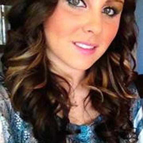 Kate Evans 14's avatar