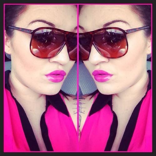 Danielle Nicole Joy's avatar