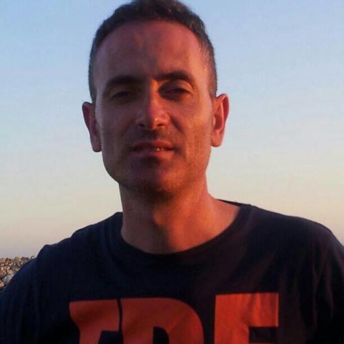 carlos rikotek's avatar