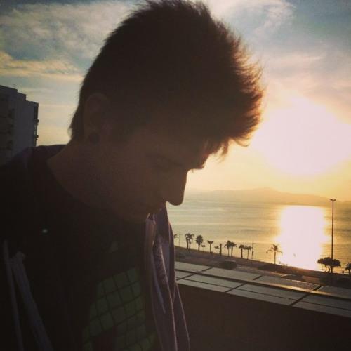 Anderson Leonardo ॐ's avatar