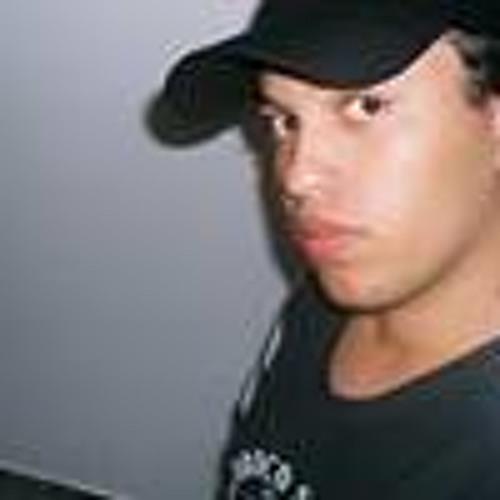Liandro Doulva's avatar