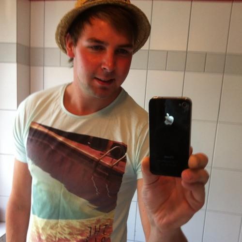 Dominic H's avatar