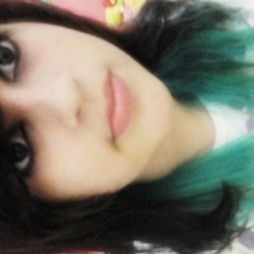 Lara Piontt's avatar