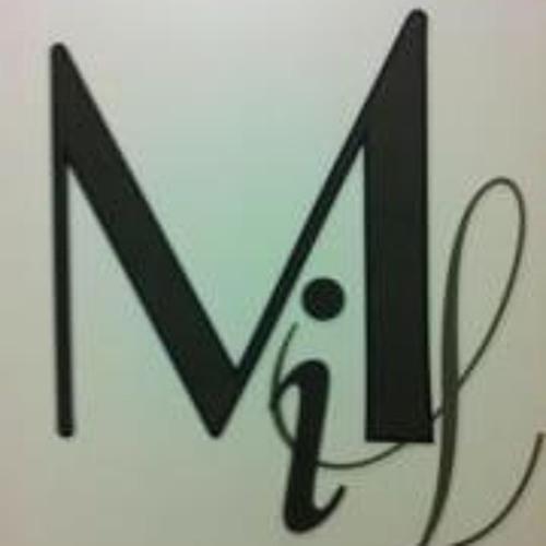 Mihill Cena's avatar