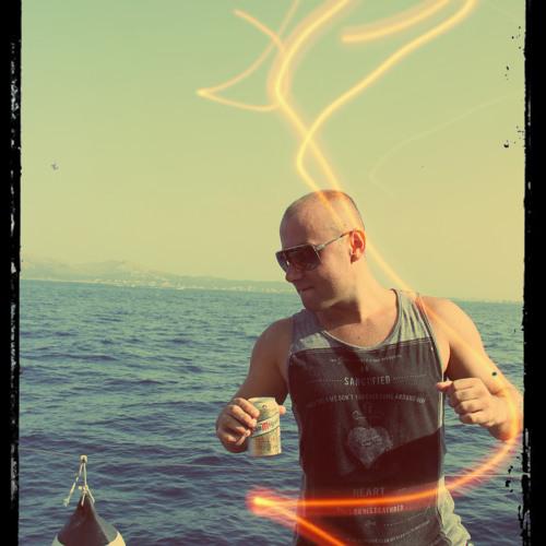 Mick Code's avatar