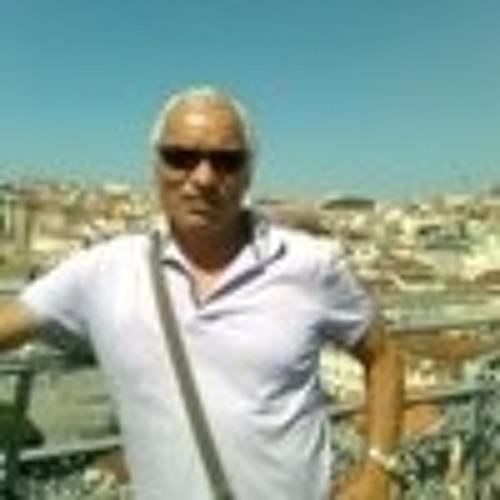 Tomás Sousa's avatar