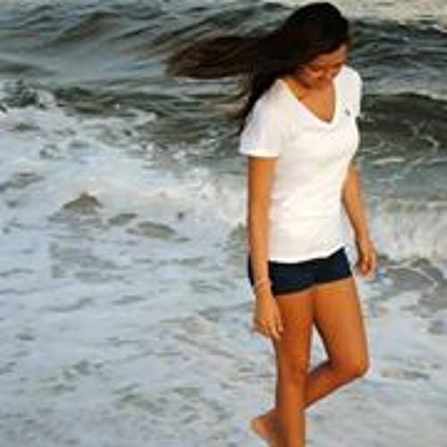 Heather Nicole 31's avatar