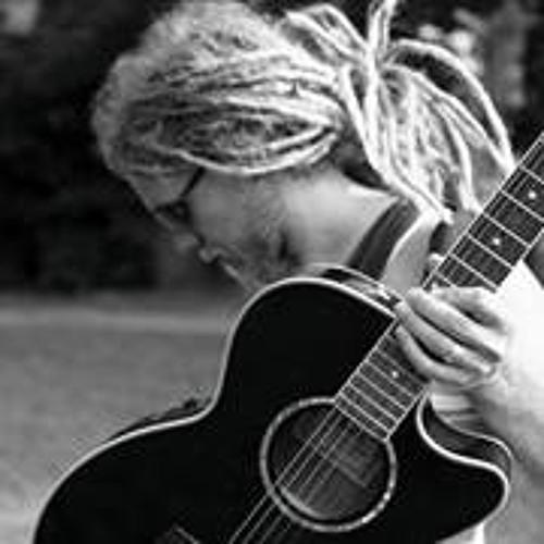 LukeMagdalena Tiehen's avatar
