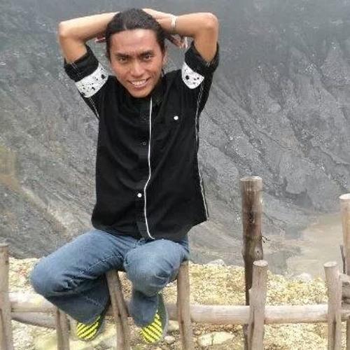 user395544650's avatar