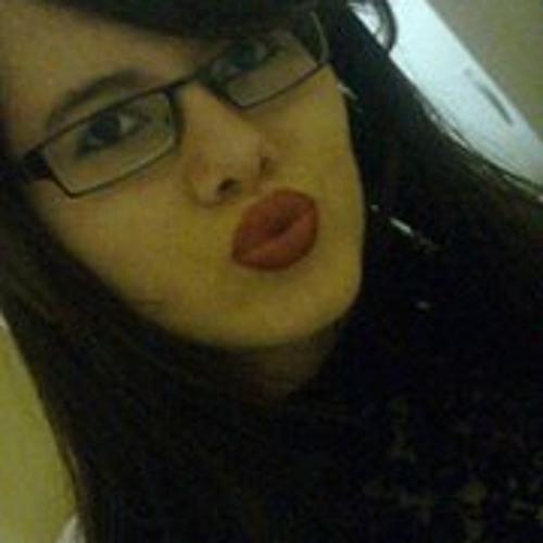 Aline Oliveira 79's avatar