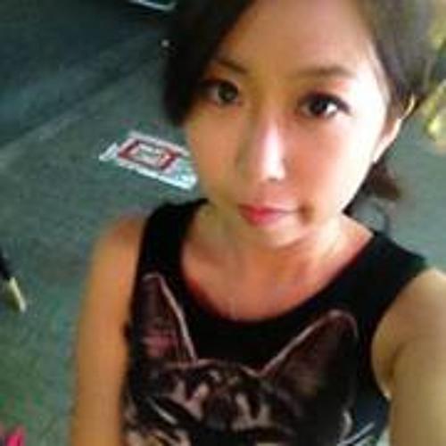 Annie Liu 4's avatar