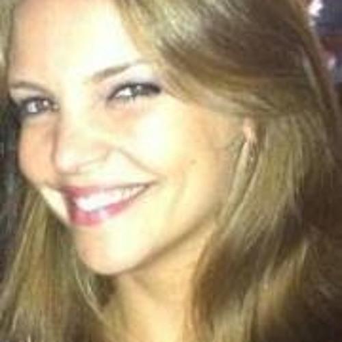 Mariana Bertuol's avatar