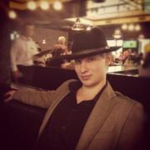 Alexander Makarenko 1's avatar
