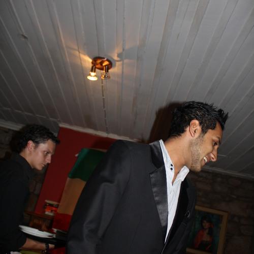 Sir_Avi's avatar