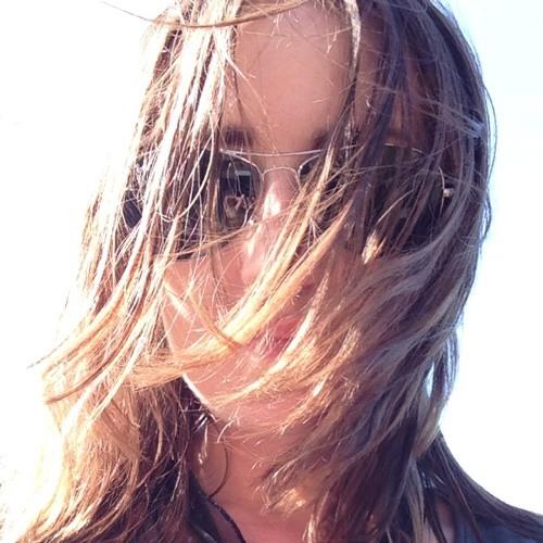 Maria  Maitea's avatar