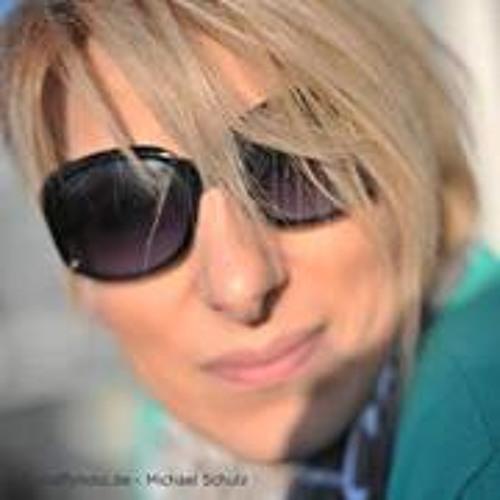 Christine Storch's avatar