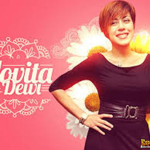 Novita Dewi's avatar