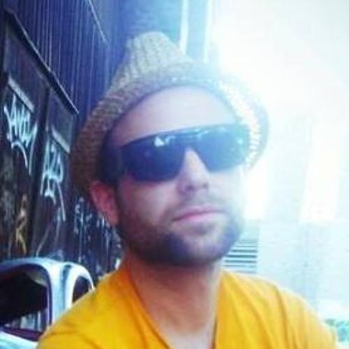Fabian Moos's avatar
