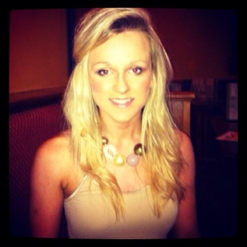 Becky Watson 3's avatar