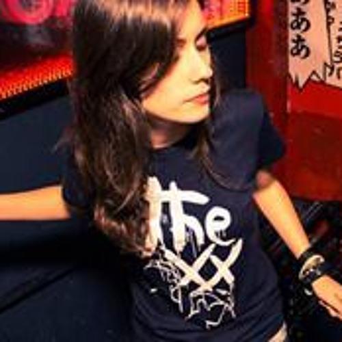 Paula Andrade 15's avatar
