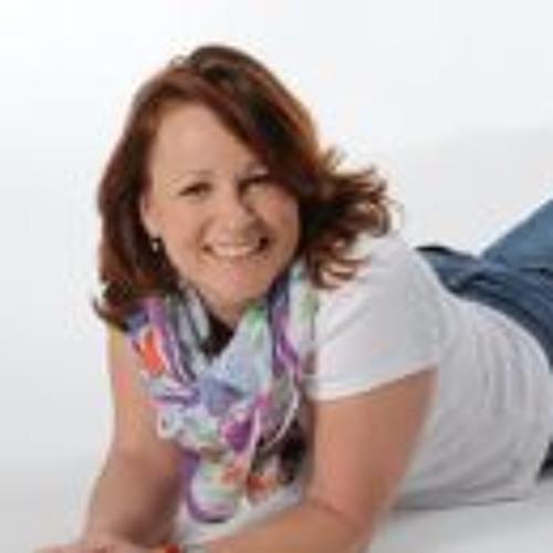 Claudia Triefenbach's avatar