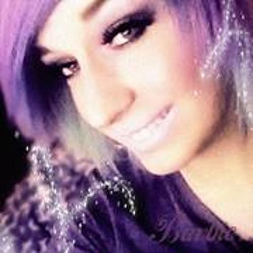 Barbie Carlson's avatar