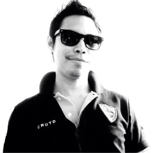 Songkran Sakulphuwattana's avatar