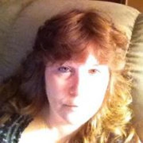 Lisa Bailey 19's avatar