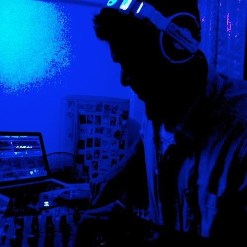 DJ BiNBKK's avatar