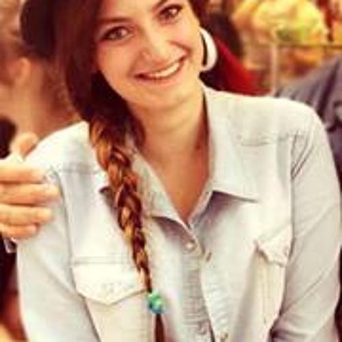 Léa Ossola's avatar