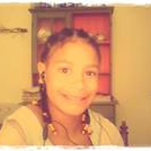 Maya Stewart 2's avatar