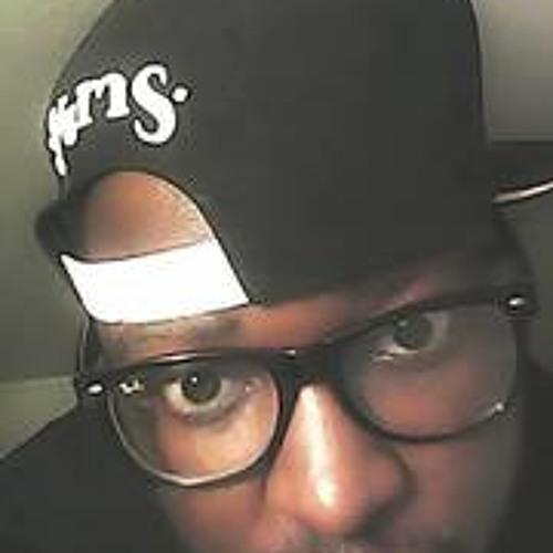 Madelife Prez Ray Banz's avatar
