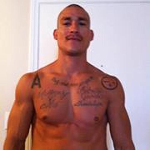 Hector L Sanchez's avatar