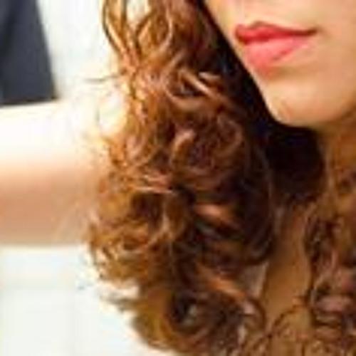Maria Ribeiro 16's avatar