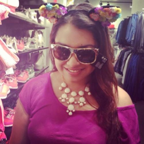 Gina Vega's avatar