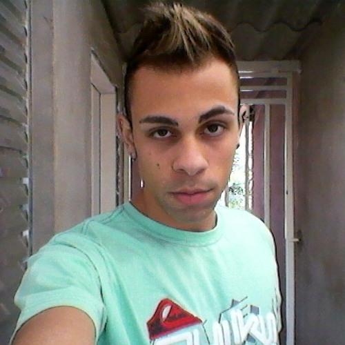 BêCarvalho's avatar